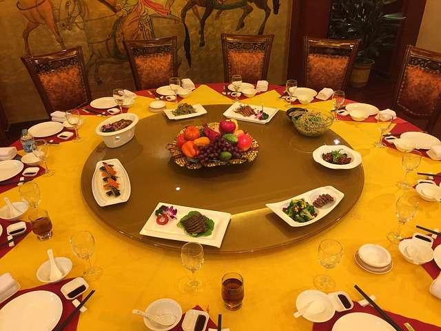 Mẫu câu giao tiếp tiếng Trung trong bữa ăn