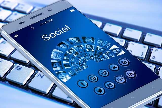 Các mạng xã hội và ứng dụng điện thoại phổ biến tại Trung Quốc